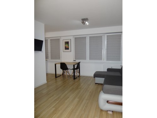 Wynajmę mieszkanie – wysoki standard – Konin, Sosnowa