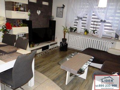 Sprzeda mieszkanie – 3 pokoje – 1 piętro – Konin