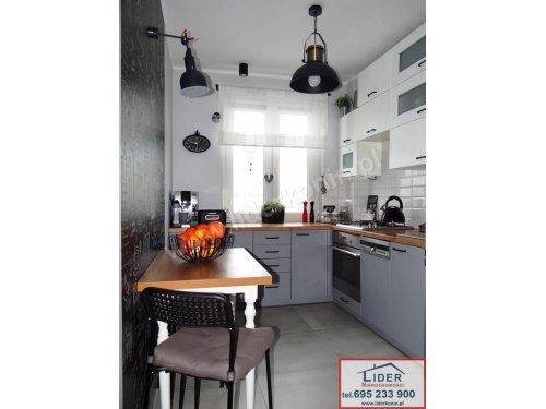 Sprzedam  atrakcyjne mieszkanie –  4 pokoje – BALKON