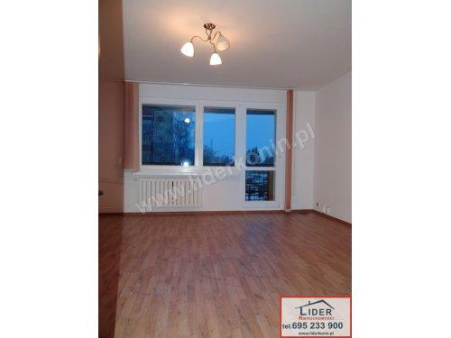 Sprzedam mieszkanie – parter – balkon – os. Zatorze