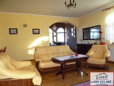 Sprzedam atrakcyjny dom – k. Konina