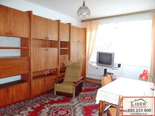 Sprzedam mieszkanie – 1 piętro – 3 pokoje – os. V