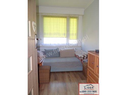 Sprzedam mieszkanie – 2 pokoje – BALKON – os. V